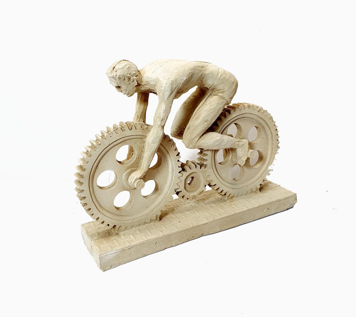 مجسمه موتور سوار