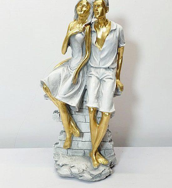 مجسمه مرد و زن